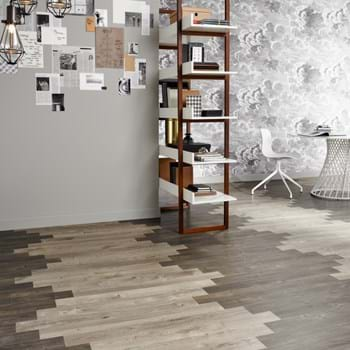 Amtico Spacia LVT in Smoked Cedar (SS5W2536) with Sun Bleached Oak (SS5W2531) in plank wave laying pattern