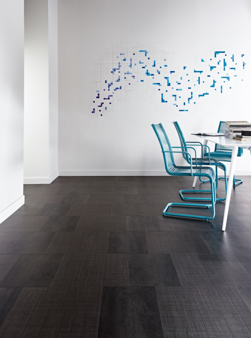 Amtico Spacia LVT in Steel (SS5A2804) with Silk Weave (SS5A2801) in Standard Block Laying Pattern