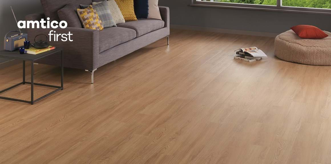 Amtico First LVT Natural Oak (SF3W3021)