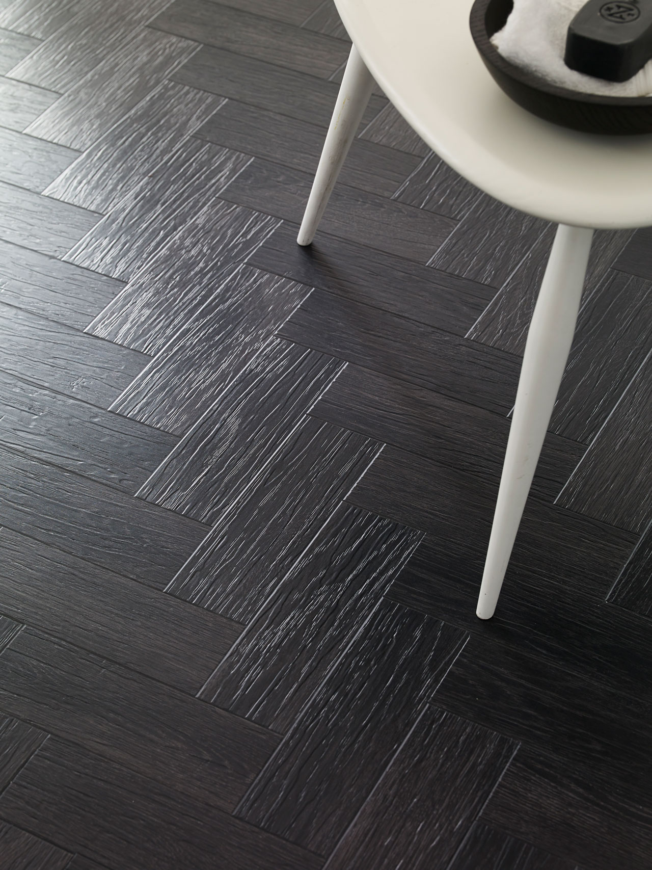 Coal Grained Oak Beautifully Designed Lvt Wood Flooring