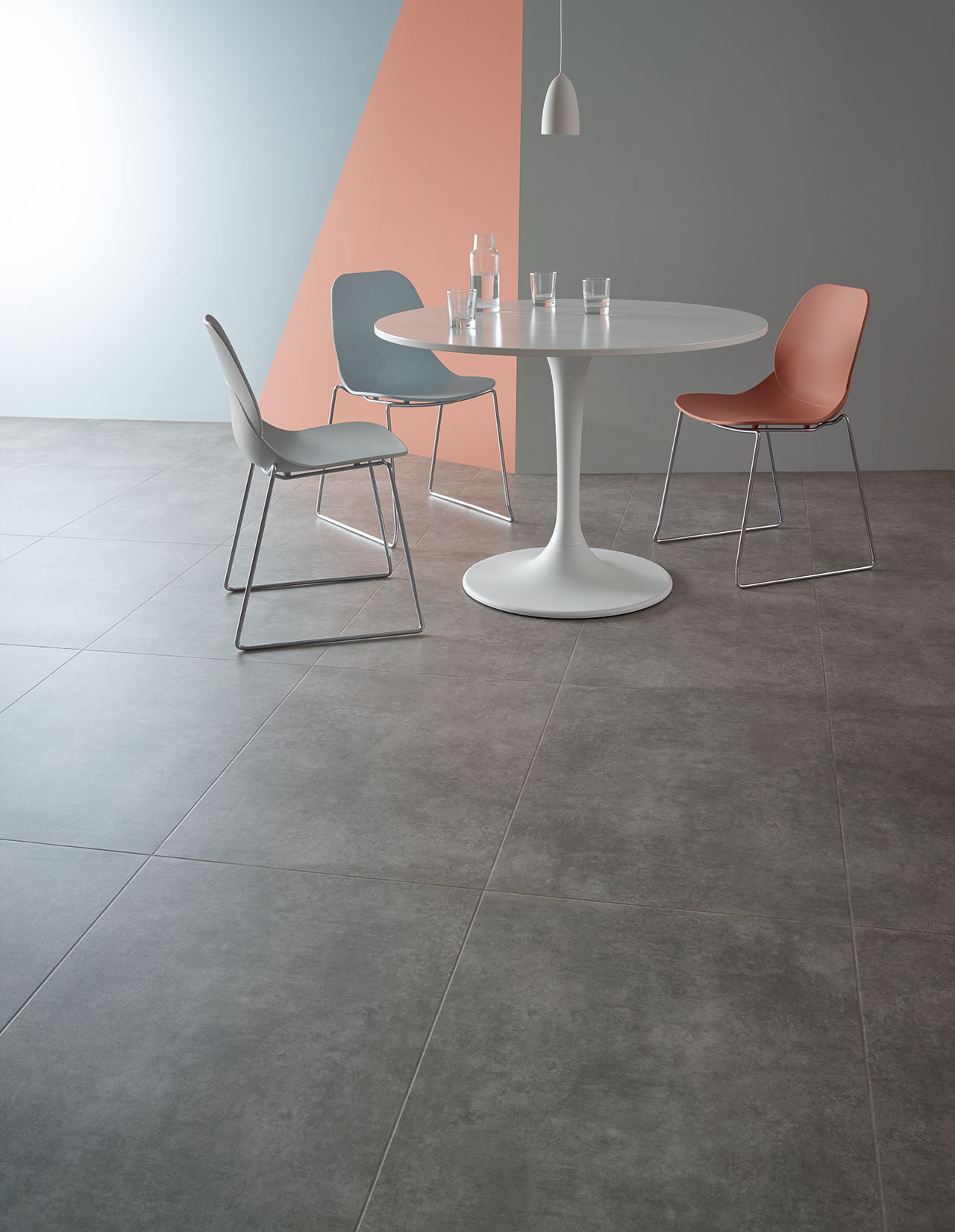 Gallery Concrete SS5S3071 in Uniform laying pattern with concrete pale stripping