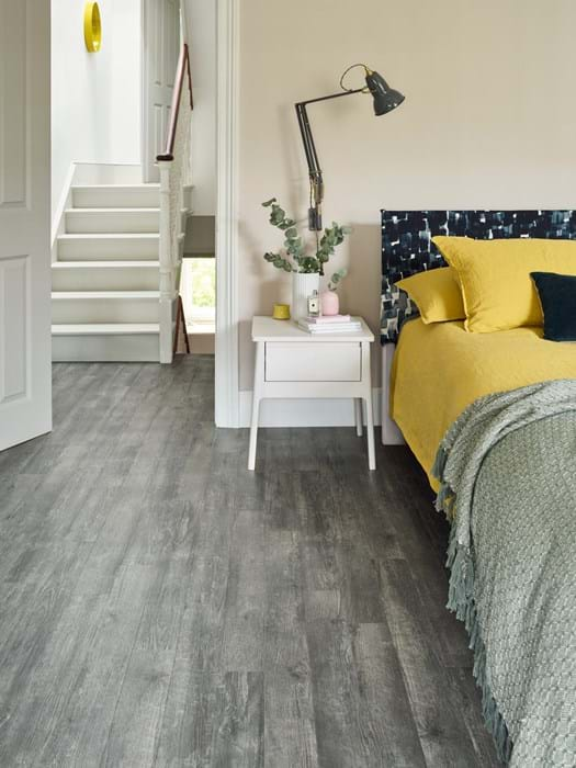 Amtico Spacia Drift Pine (SS5W3027) in Stripwood laying pattern