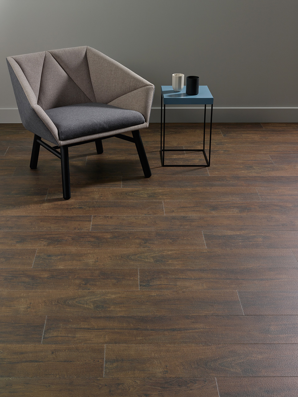 Amtico Spacia 36+, Rustic Barn Wood, SG5W2513 in Stripwood laying pattern