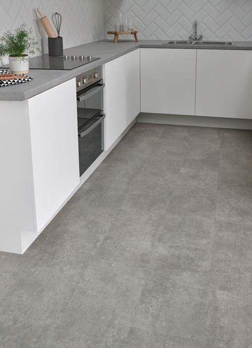 Amtico First Gallery Concrete (SF3S3071) in a Bonded Stone laying pattern