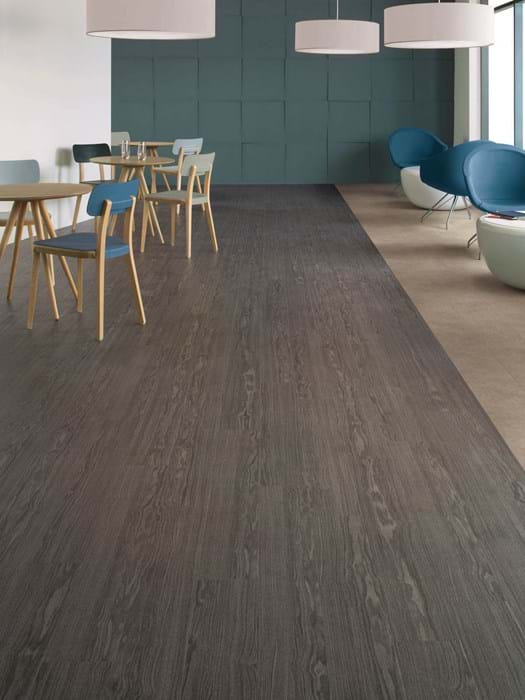 <p>Amtico Acess Winter Oak SX5W5021 and Amtico Access Ceramic Ecru SX5S3592</p>