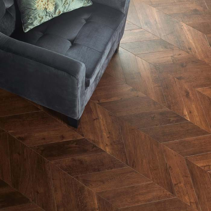 <p>Amtico Signature Priory Oak AR0W7200</p>