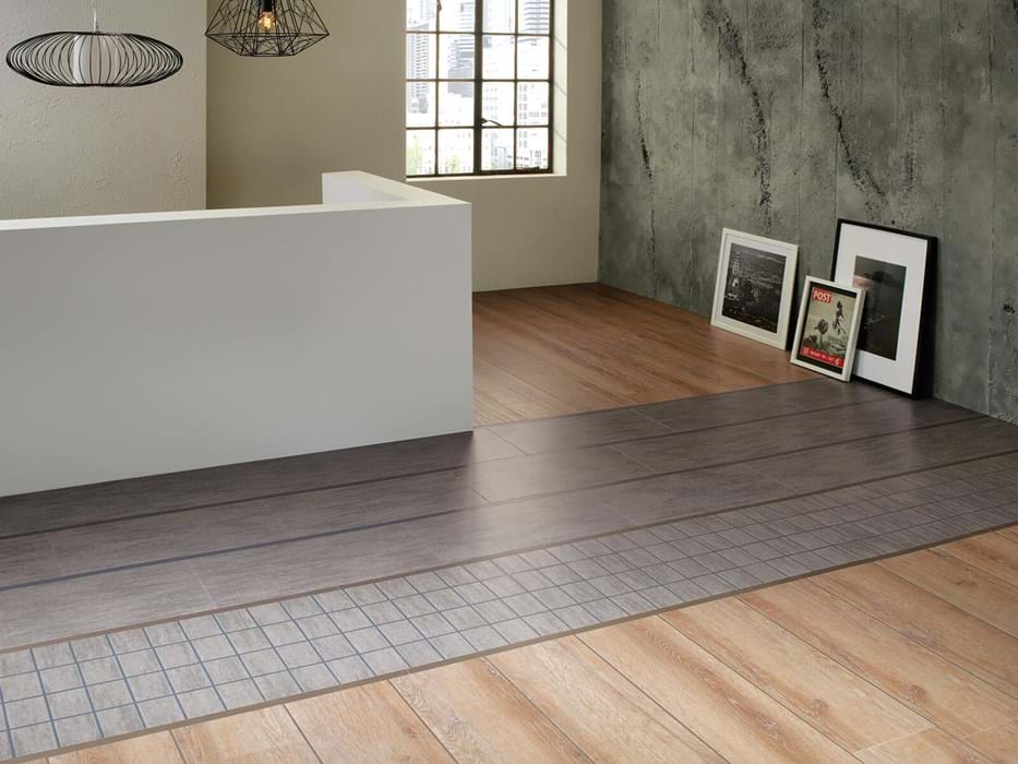 <p>Amtico Signature Cadence Aeria AR0SPB31, Amtico Signature Manor Oak AR0W7970, Amtico Signature Shimmer Denim AR0ASE39 and Amtico Signature Metal Pewter AR0AME39</p>