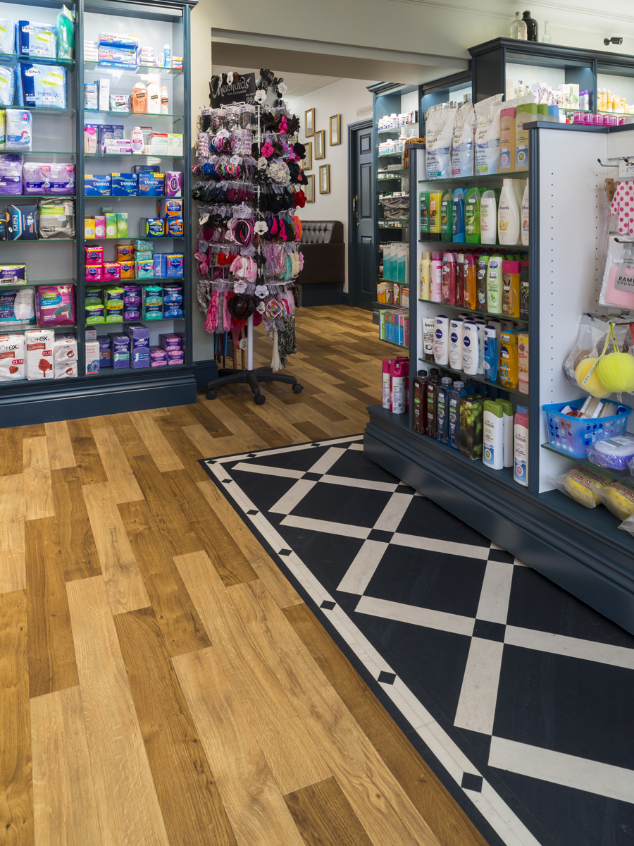Amtico Spacia, Royal Oak and Sherwood Oak, laid in stripwood laying pattern