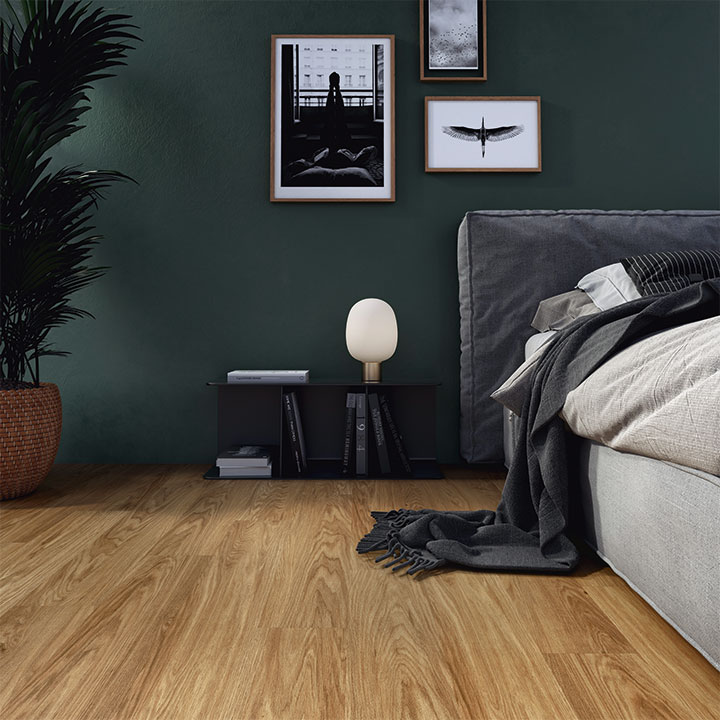 Linden Oak in a stripwood laying pattern from the Amtico Click Smart collection