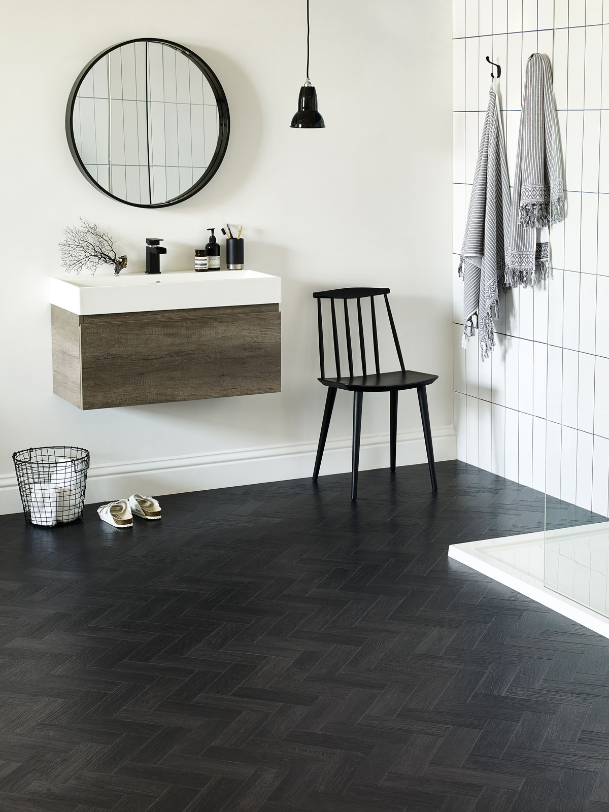 Amtico Form,  Coal Grained Oak in Parquet Laying Pattern