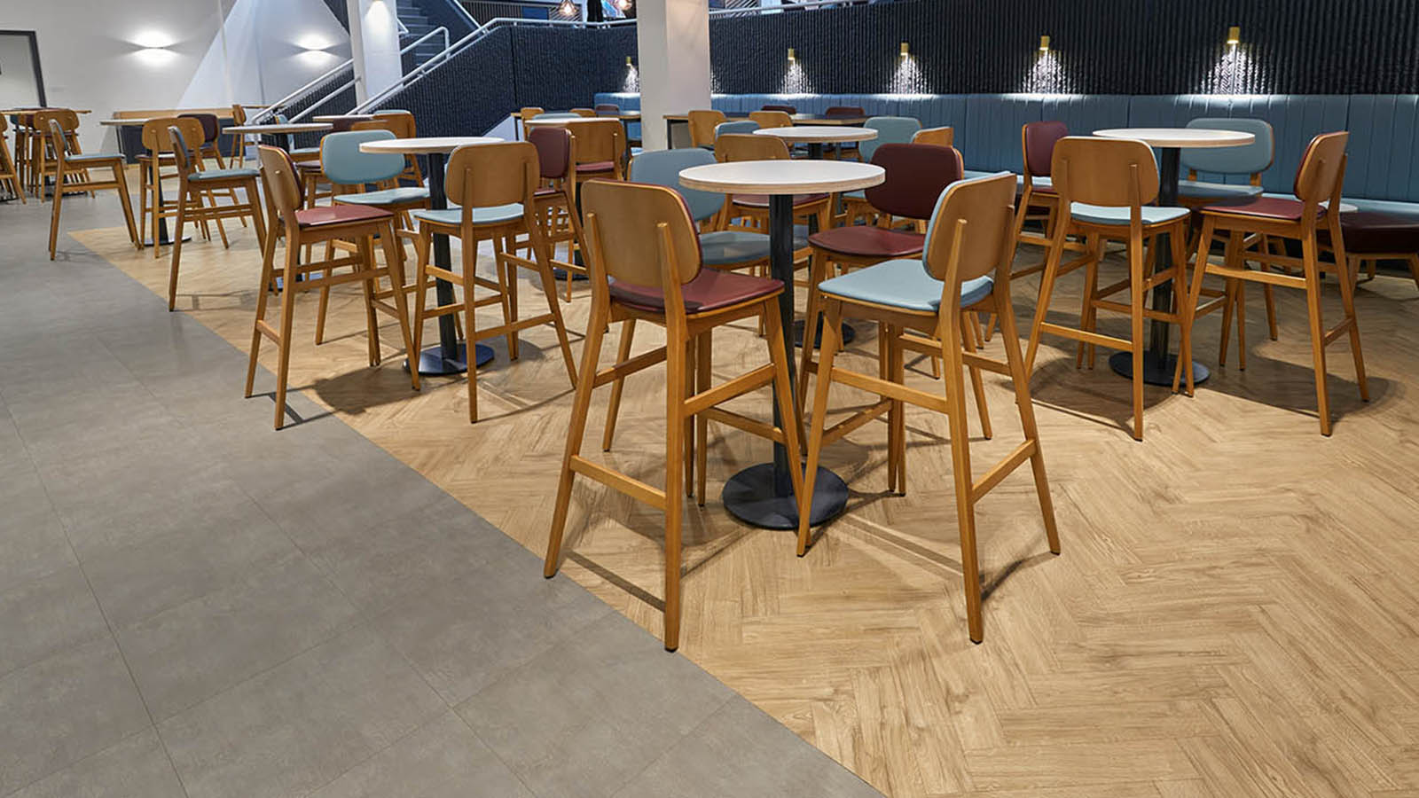 Amtico Spacia 36 Plus Featured Oak and Metropolis Smoke