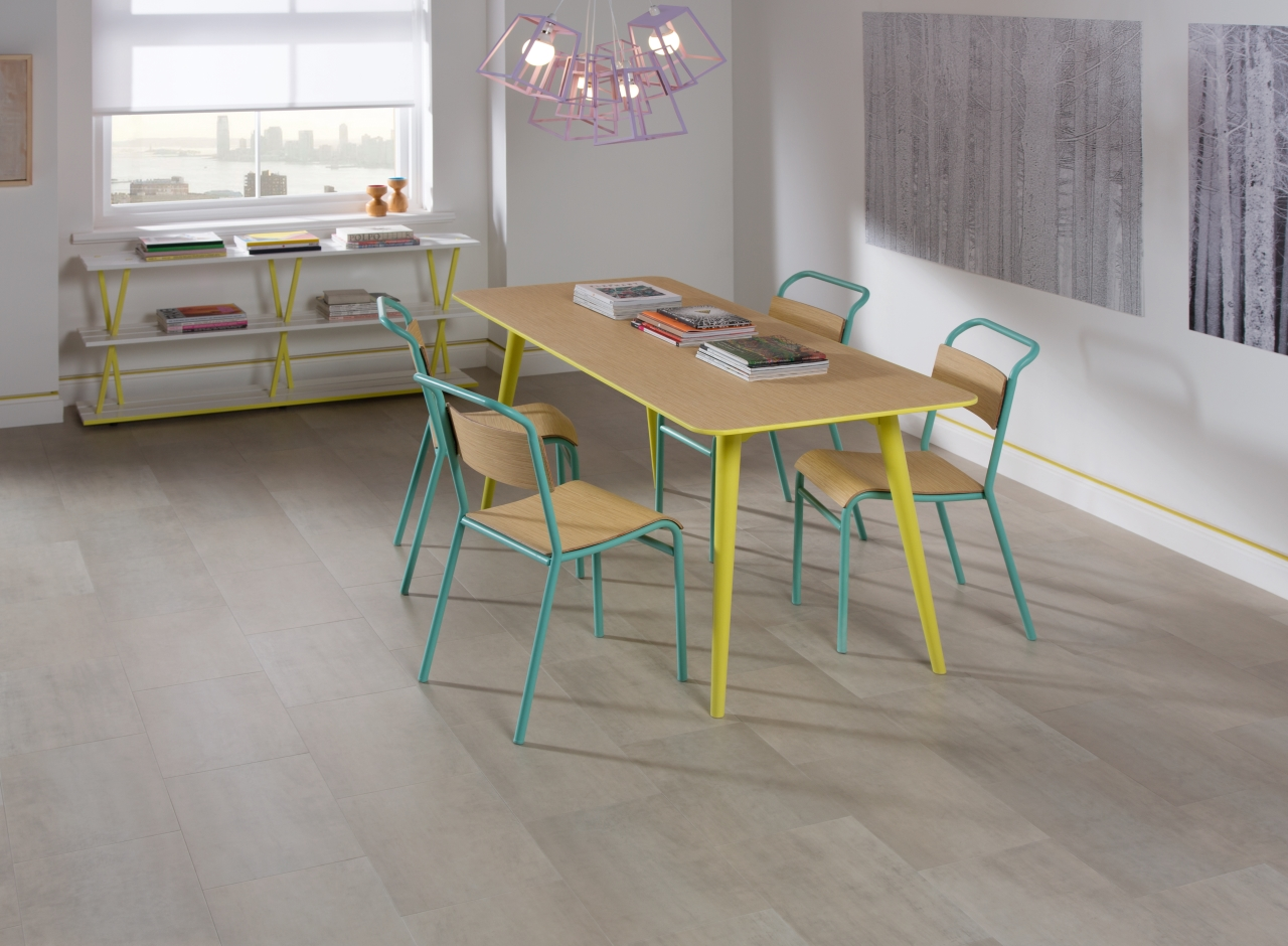 Amtico Spacia LVT in Platinum (SS5A3610)