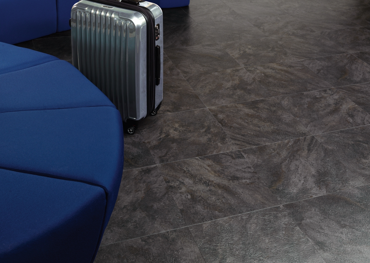 Amtico Spacia LVT in Wave Slate Black (SS5S2602)