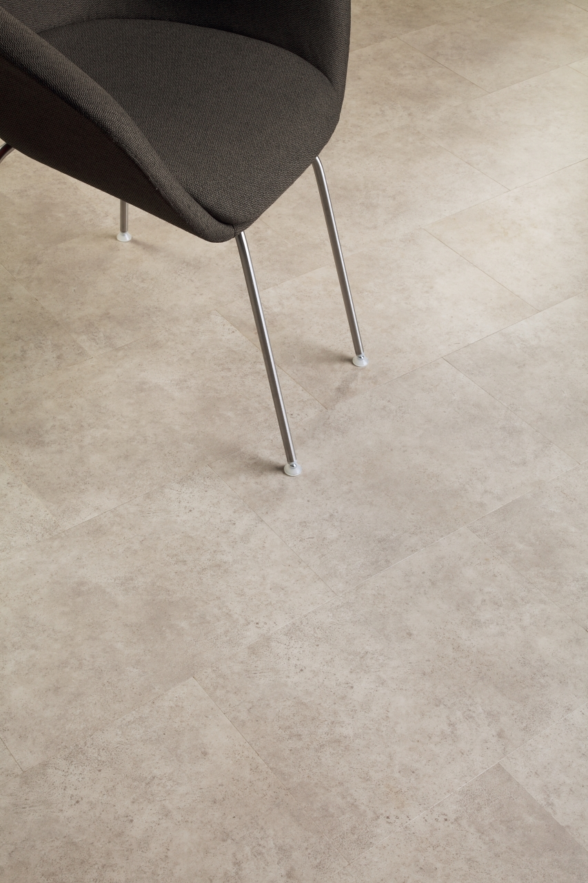 Amtico Spacia LVT in Ceramic Ecru (SS5S3592)