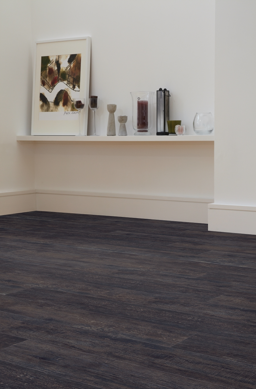 Amtico Spacia LVT in Cellar Oak (SS5W2333)