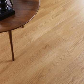 Amtico Spacia in New England Oak (SS5W2527)