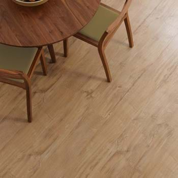 Amtico Spacia in Featured Oak (SS5W2533)