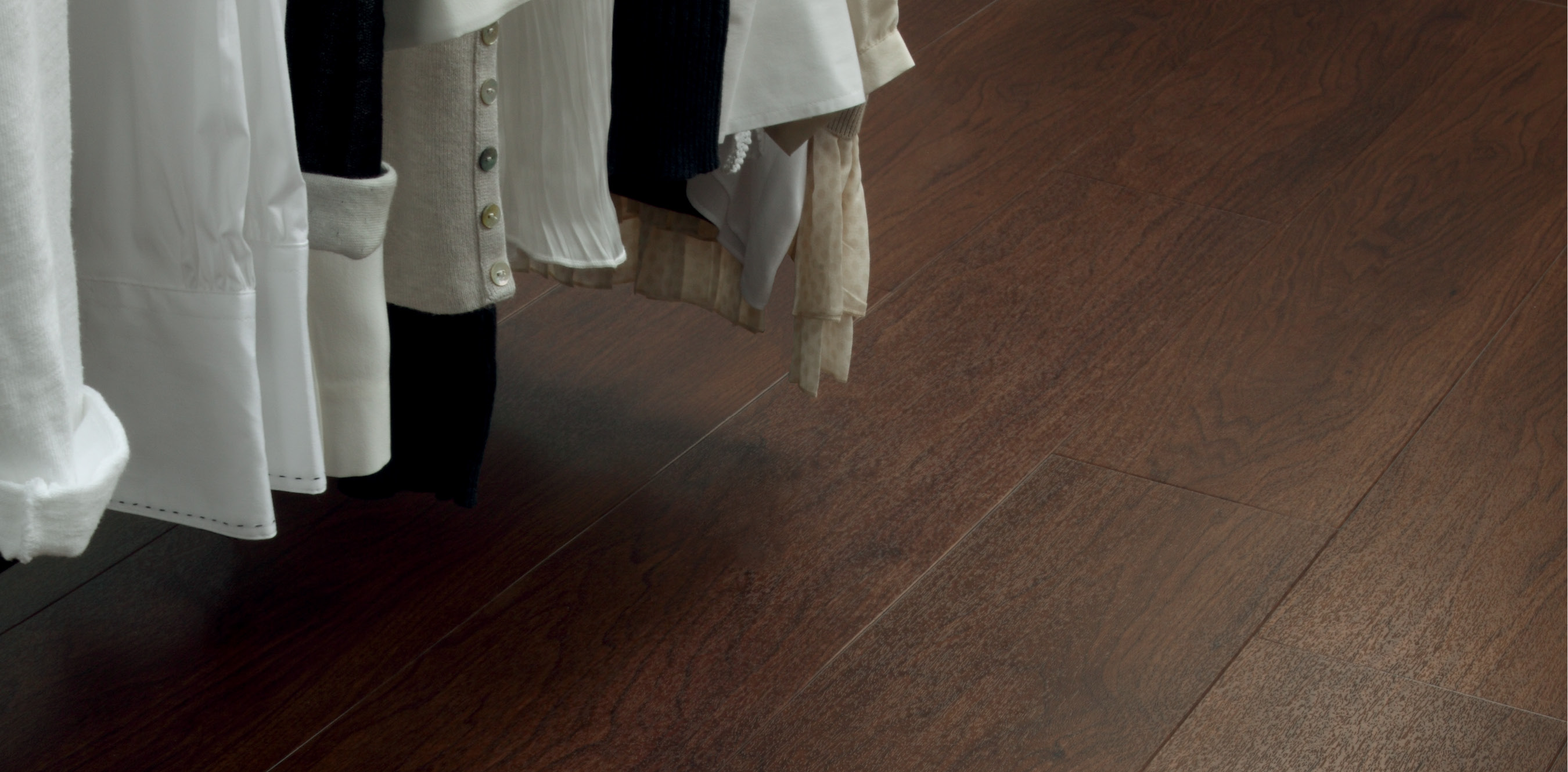 Amtico spacia in Black Walnut (SS5W2534)