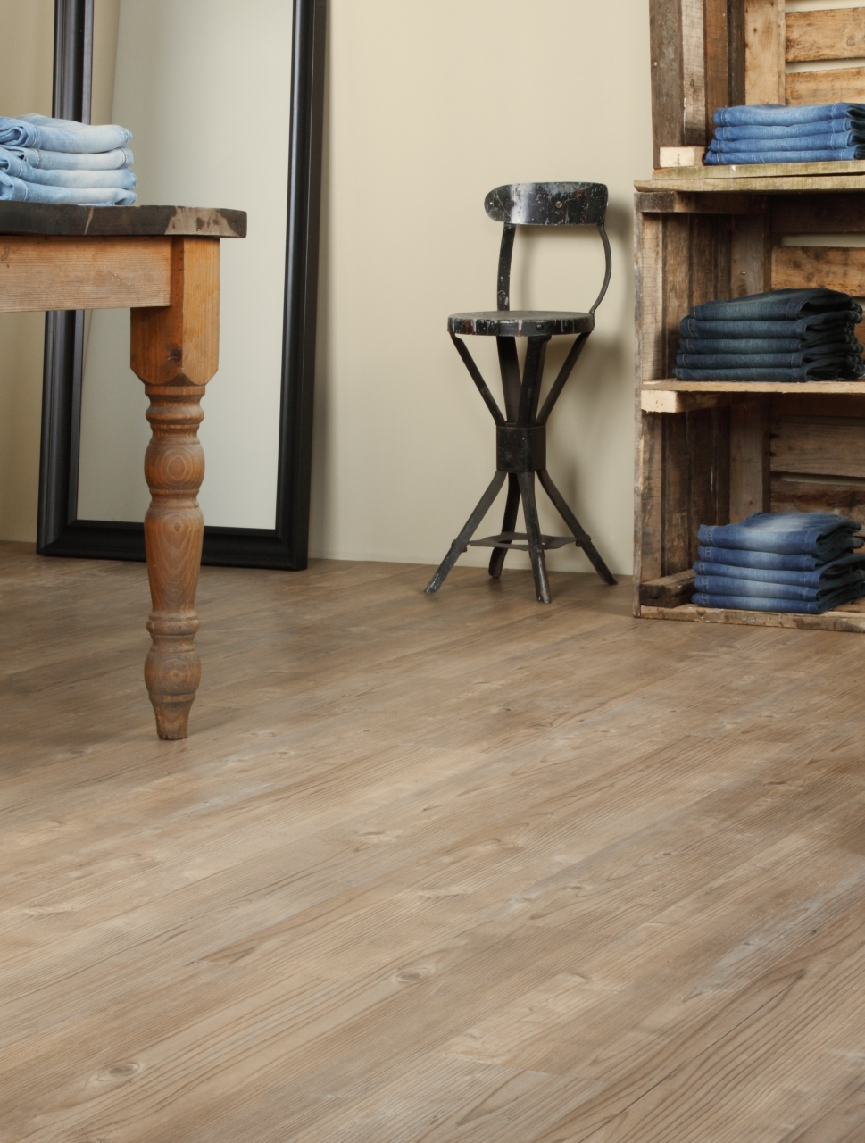 Amtico Spacia in Dry Cedar (SS5W2535)