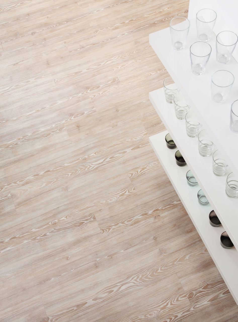 Amtico Spacia in Worn Ash (SS5W2539)