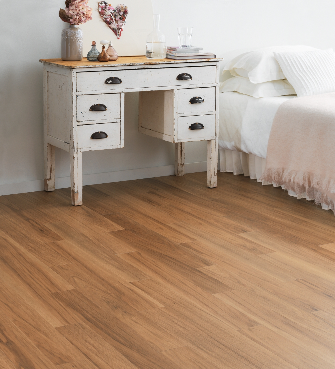 Amtico Spacia in Smoothbark Hickory (SS5W2545)
