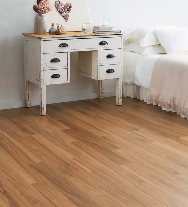 Amtico International: Smoothbark Hickory - SS5W2545