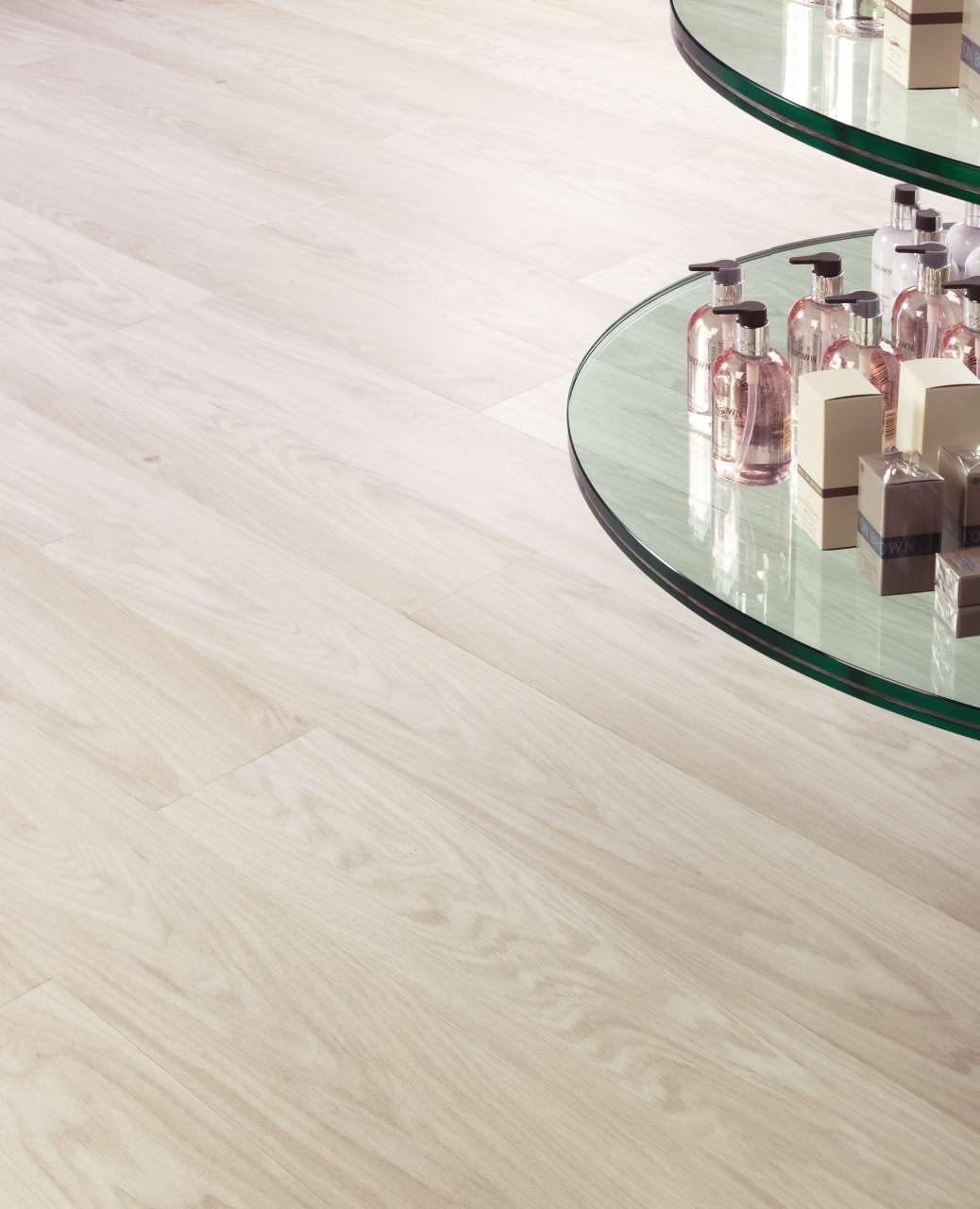 Amtico Spacia in White Oak (SS5W2548)