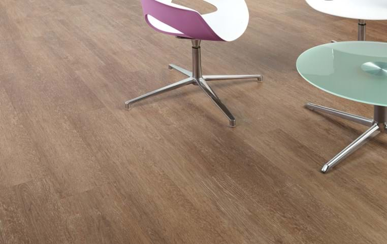 Amtico International: Rustic Limed Wood - SS5W2650