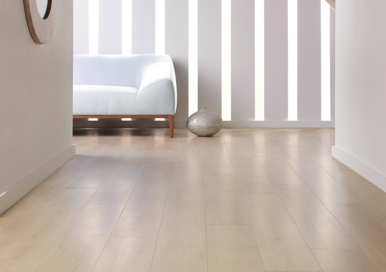 Amtico Spacia in White Maple (SS5W2654)