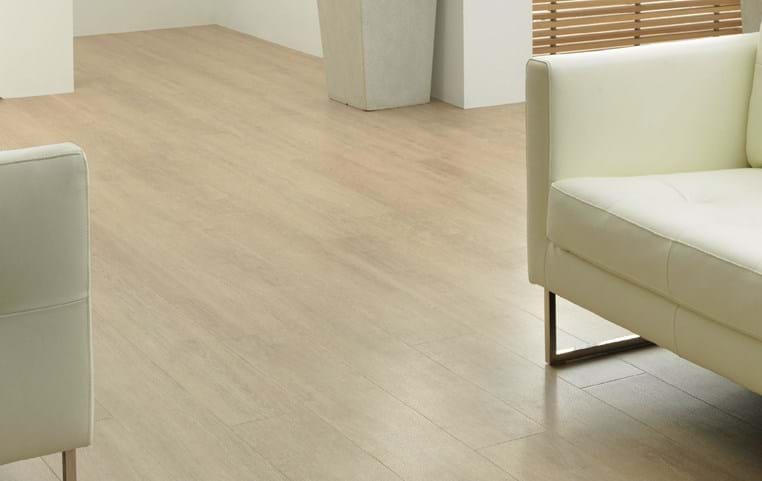 Amtico International: Limed Oak - SU5W3008