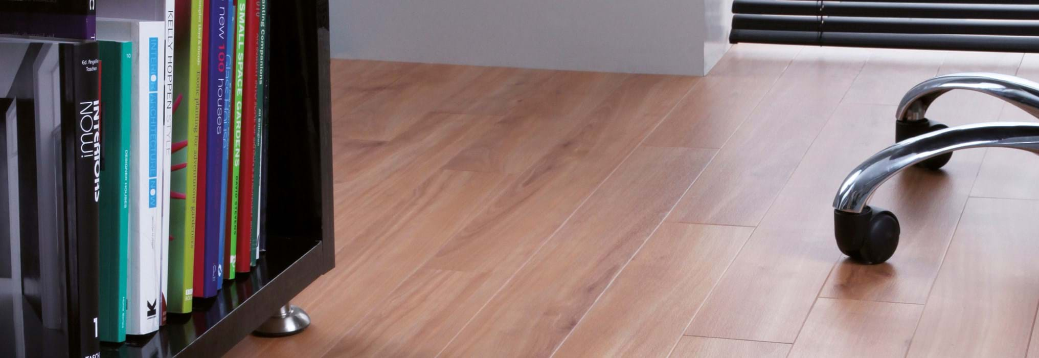 Amtico International: Pale Cherry - AM5W2525