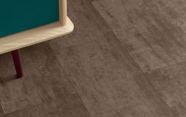 Amtico International: Bronze - SF3A4805