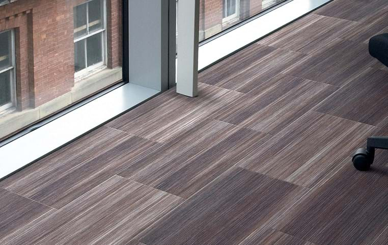 Amtico International: Mirus Henna - SF3A6150