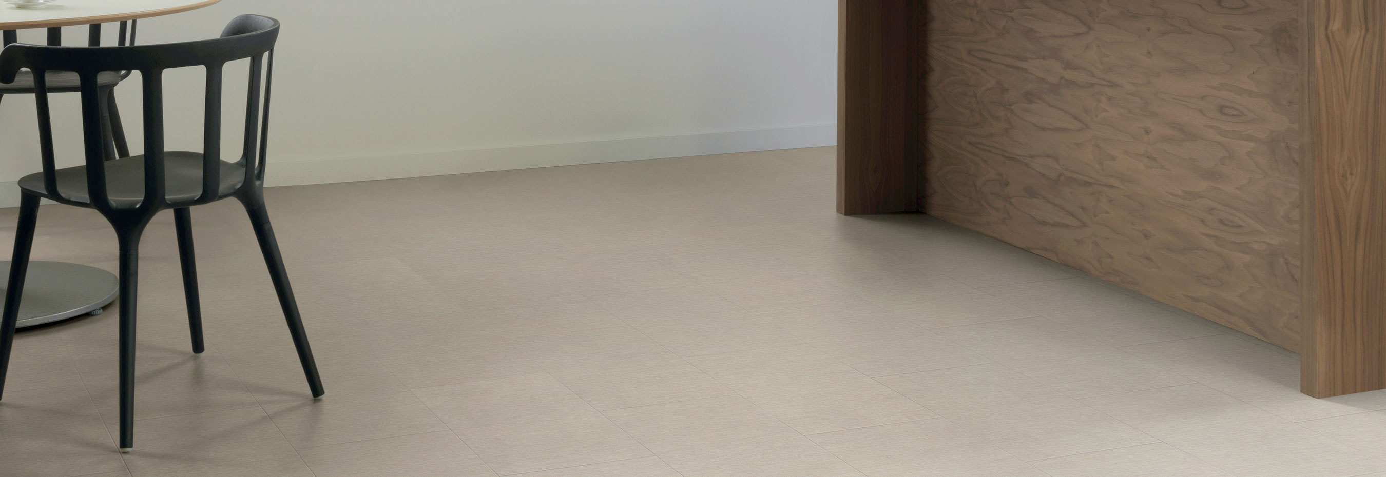 Sift Stone Canvas Commercial Lvt Flooring From The Amtico