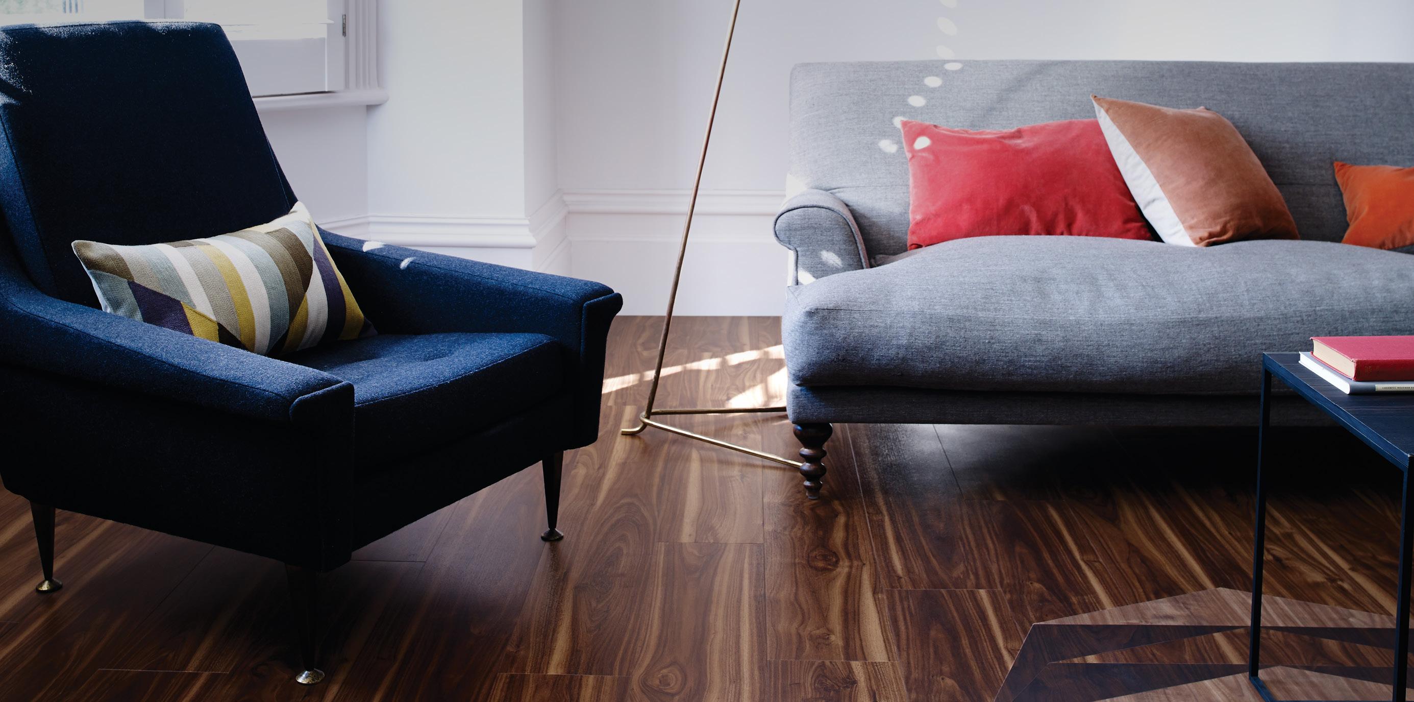 Amtico Signature Wild Walnut (AR0W7620) Wood Flooring In A Stripwood Pattern
